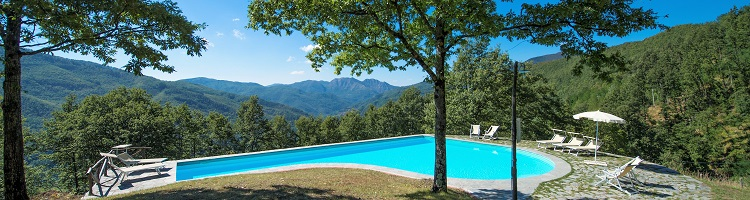 pool farmhouse tuscany